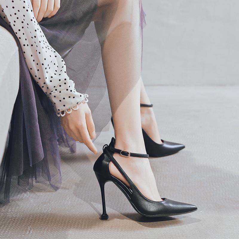 小ck黑色法式少女高跟鞋2019新款细跟尖头百搭绑带一字扣单鞋性感