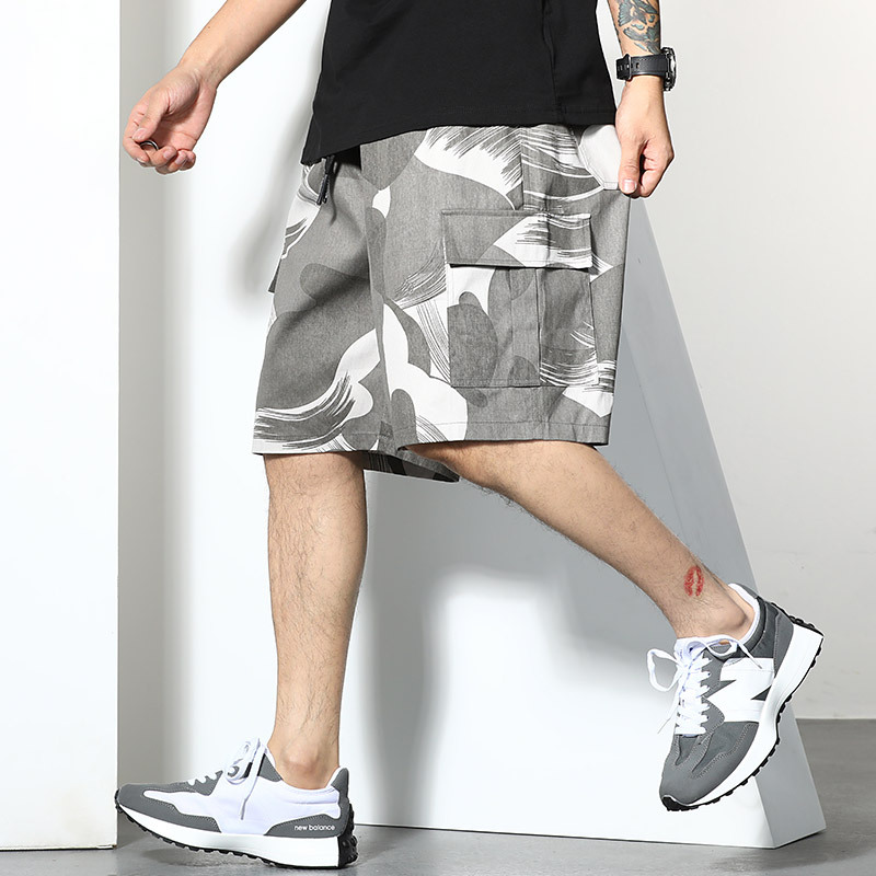 Oversized mens trendy brand fattened up 5-point sweatpants trendy fat loose camouflage printed casual shorts