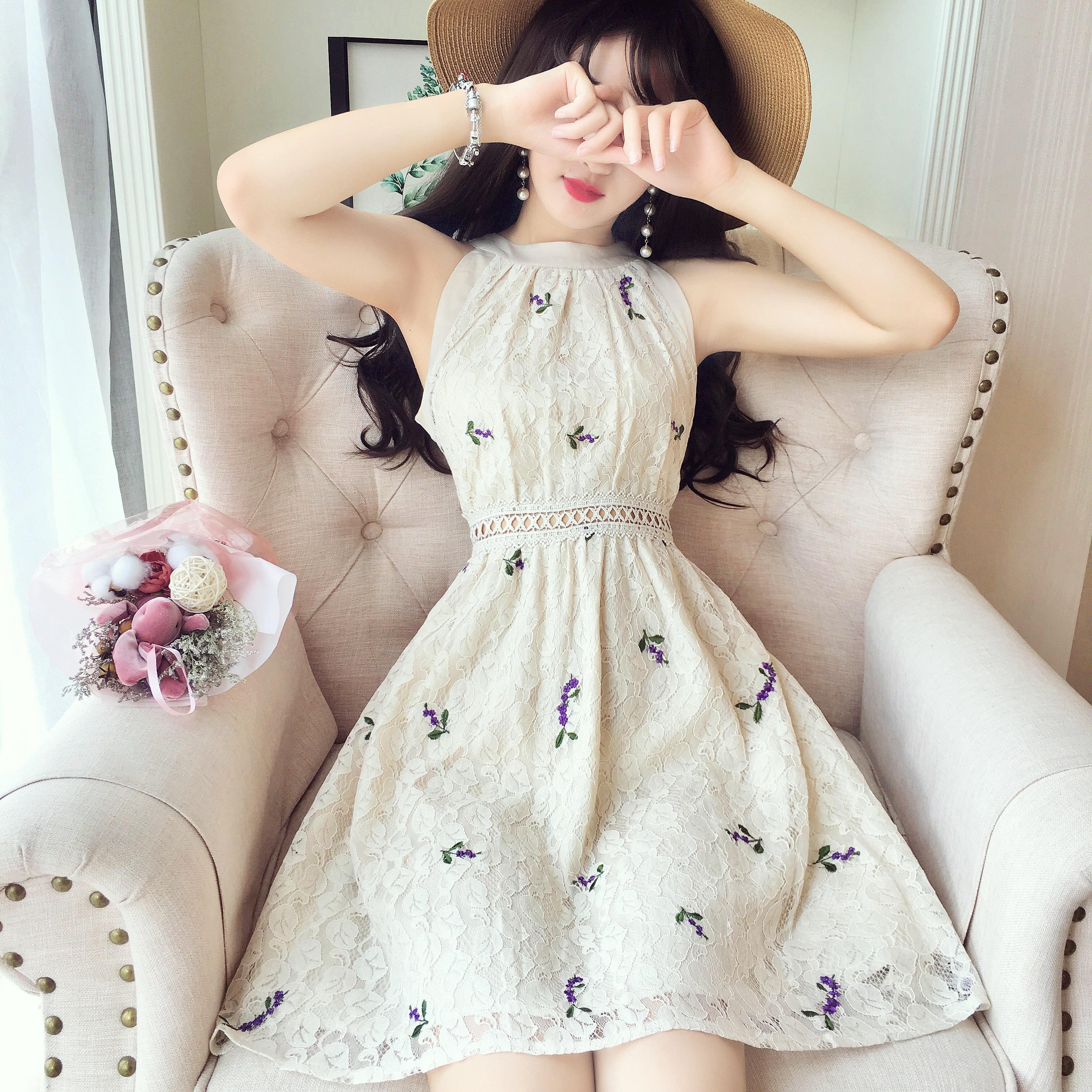 韩国名媛风无袖刺绣花朵高腰蕾丝收腰连衣裙chic温柔仙女裙夏新款