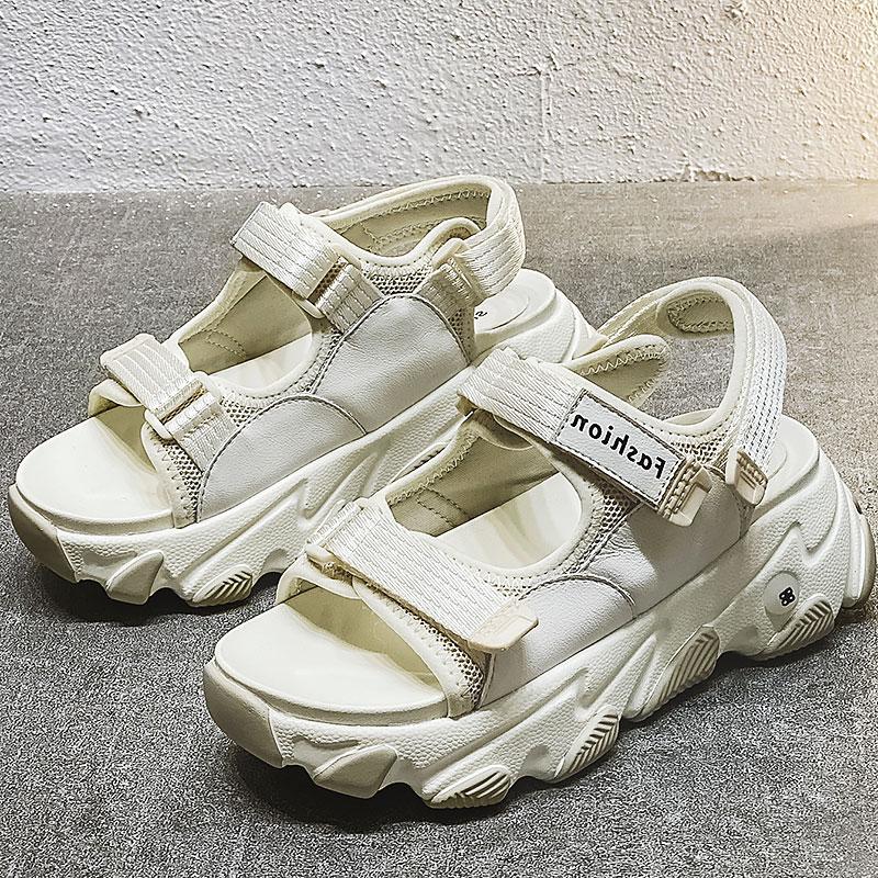 老爹凉鞋女2020夏季新品魔术贴松糕鞋子厚底增高运动风露趾沙滩鞋