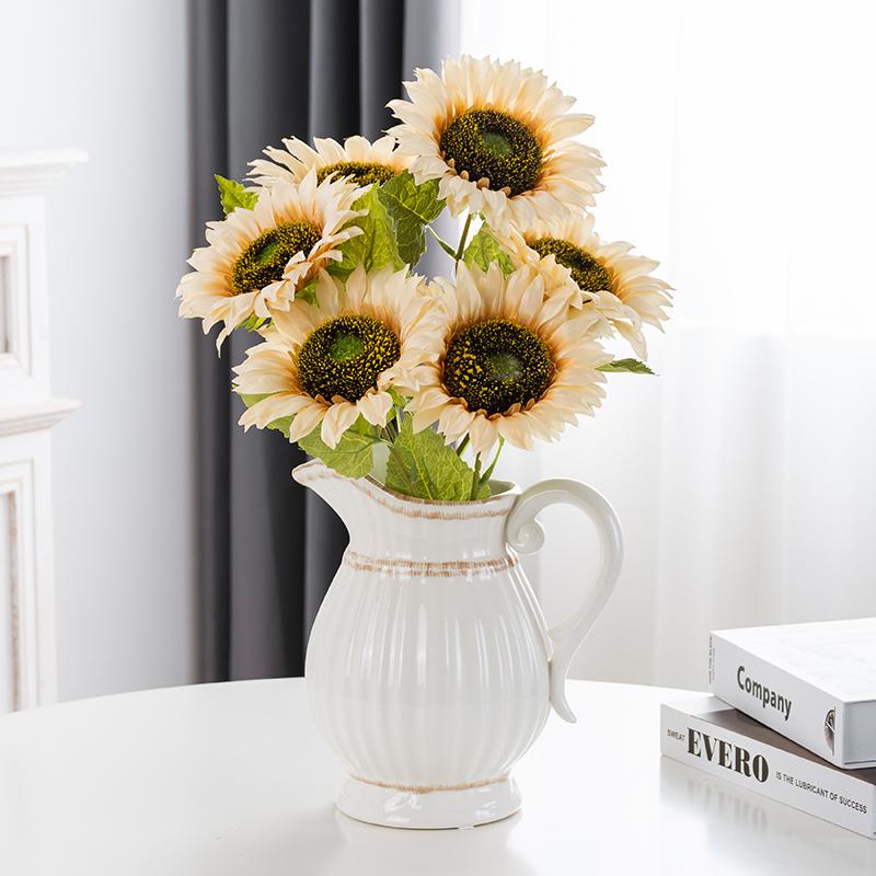 食卓の創意的な花瓶は現代で簡単に北欧の家の装飾品が小さくて清新です。