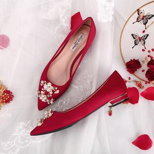 婚鞋女平底2020年新款新娘鞋秀禾鞋