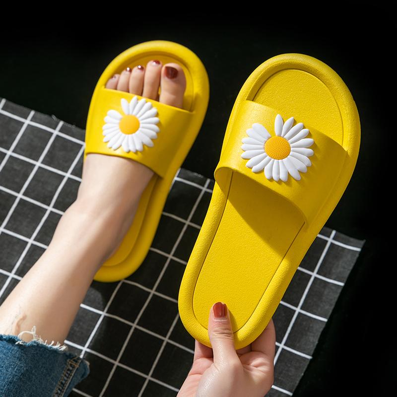 拖鞋女夏天2020新款室内防滑浴室内家居家用ins潮可爱外穿凉拖鞋