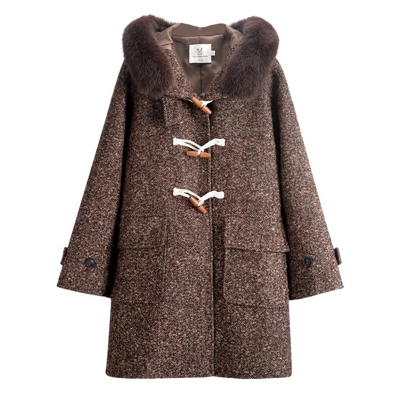 带帽水貂绒大衣怎么穿搭:大码水貂绒大衣女带帽