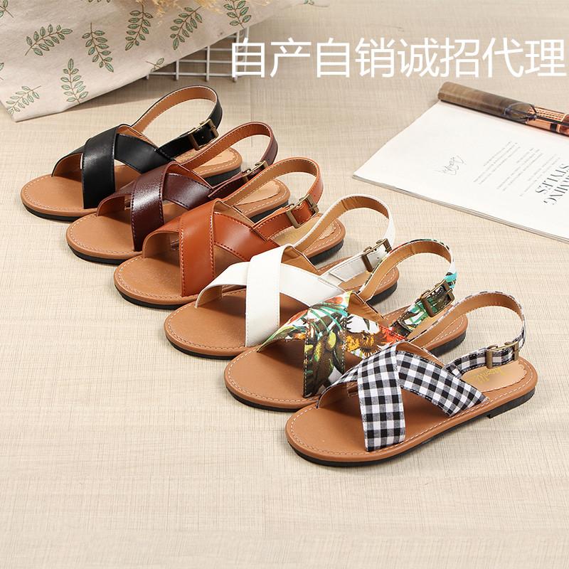 Japanese sandals womens summer flat sole simple Sen womens beach shoes cross bandage shoes retro small fresh soft girls shoes