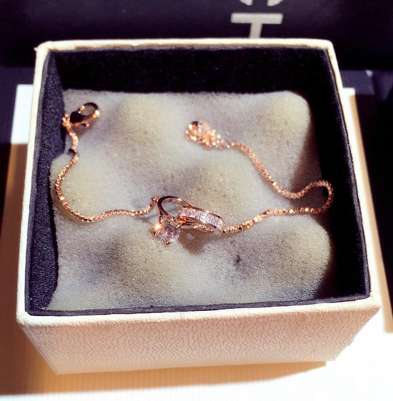 松本公司2020款法国一流镀18K金奥地利水晶钻首饰品手镯手链礼物图片