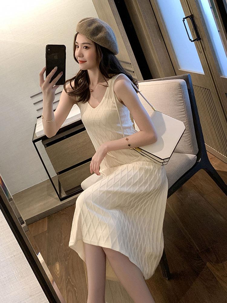 女神范吊带秋装v领针织女连衣裙(用22.2元券)
