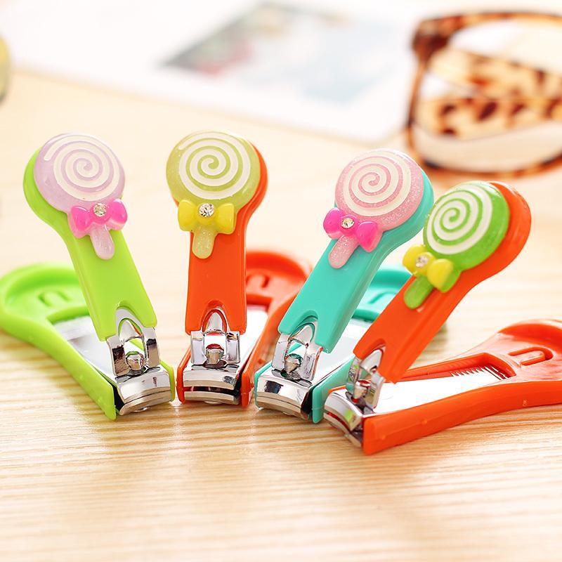 时尚糖果色棒棒糖指甲剪 可爱卡通带盖指甲刀修甲美甲护理工具