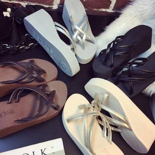 2021新款人字拖鞋女夏坡跟高跟厚底拖鞋沙滩鞋松糕跟时尚外穿凉拖