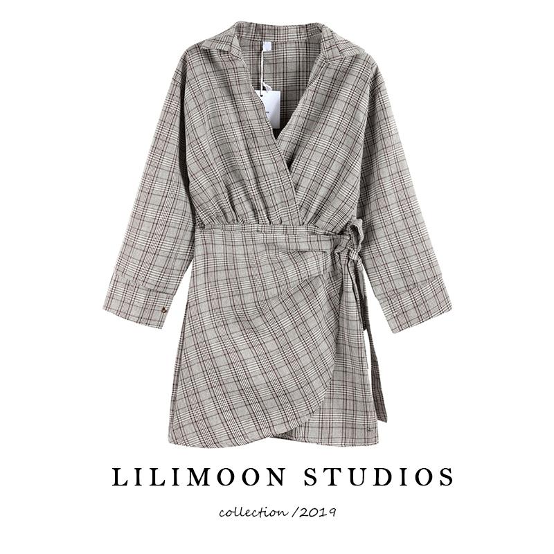 French retro waist strap V-neck dress womens foreign style irregular Plaid Shirt one piece skirt autumn and winter
