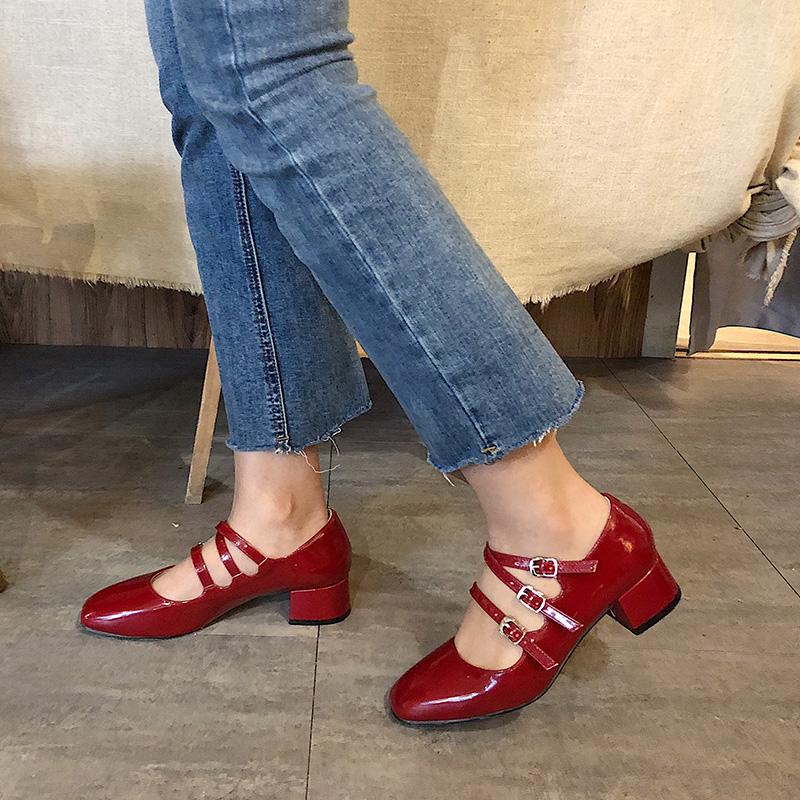 红色复古一字扣玛丽珍鞋2020新款春鞋高跟粗跟赫本鞋小码鞋女32