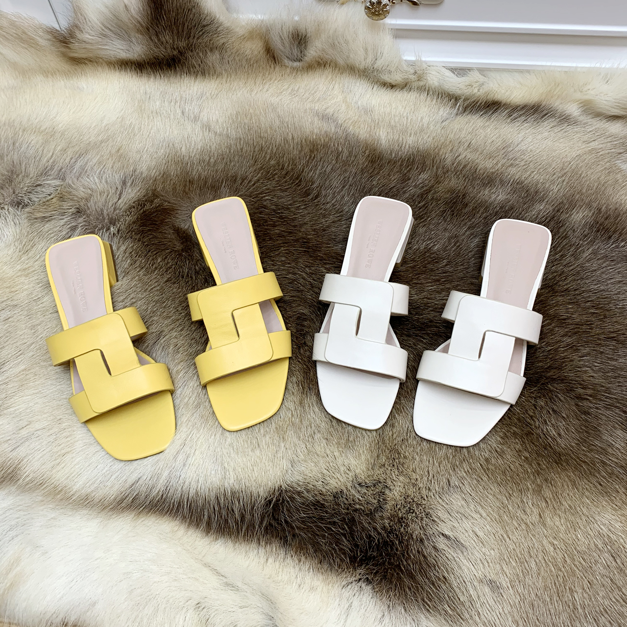 2021 spring and summer new full leather high end simple versatile comfortable wear solid color sandals slippers women