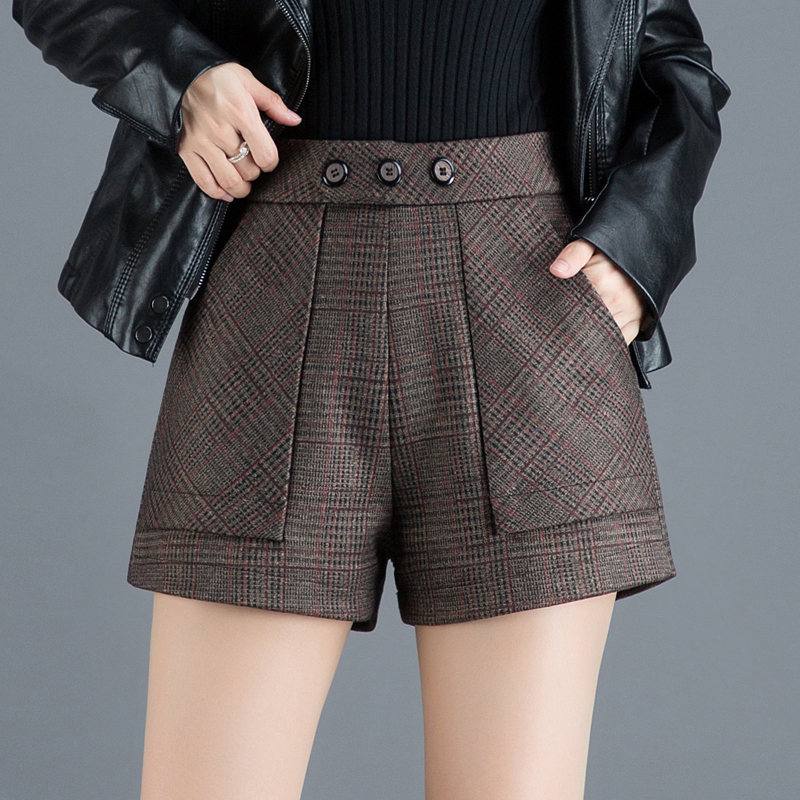 Woolen Plaid Shorts womens autumn / winter 2020 High Waist Wide Leg Pants A-line loose and thin, casual wear bottoming boots pants