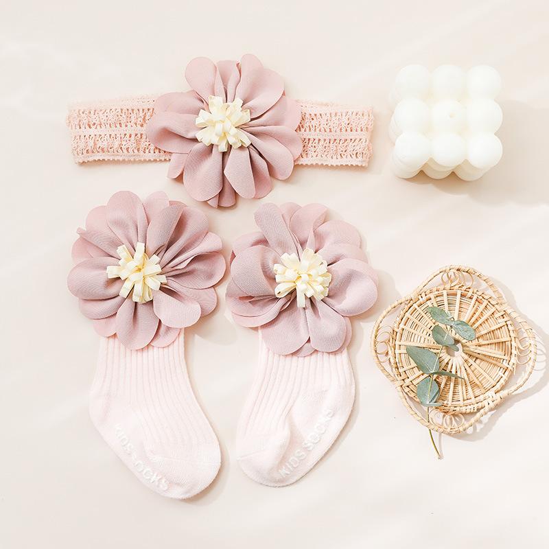 Baby newborn baby gift box Princess full moon centenary gift infant children hair belt Sock Set