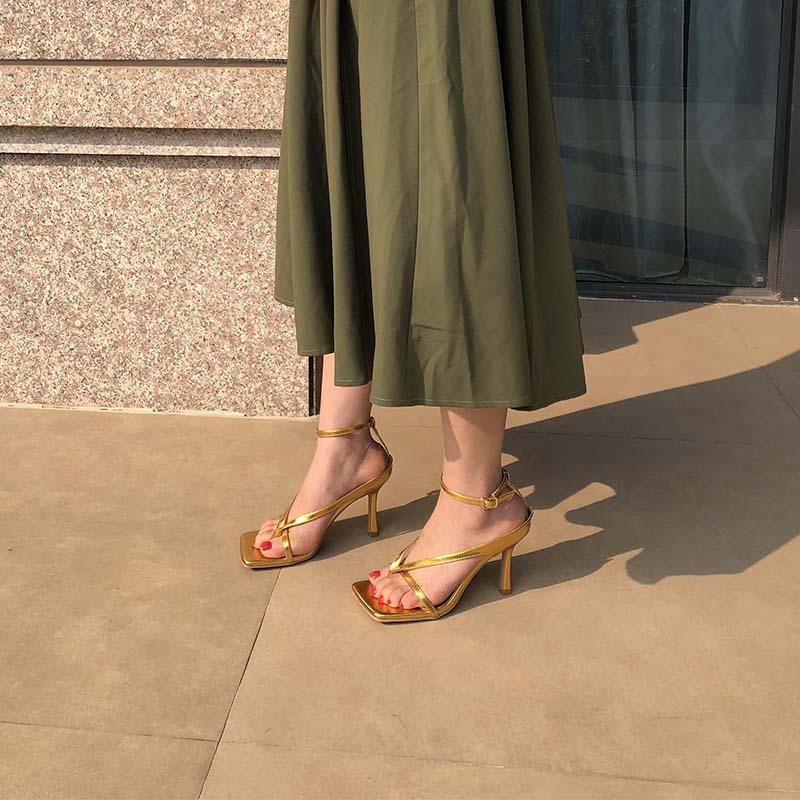 金色方头高跟凉鞋女bv2020夏季新款细跟百搭罗马一字带夹趾仙女风