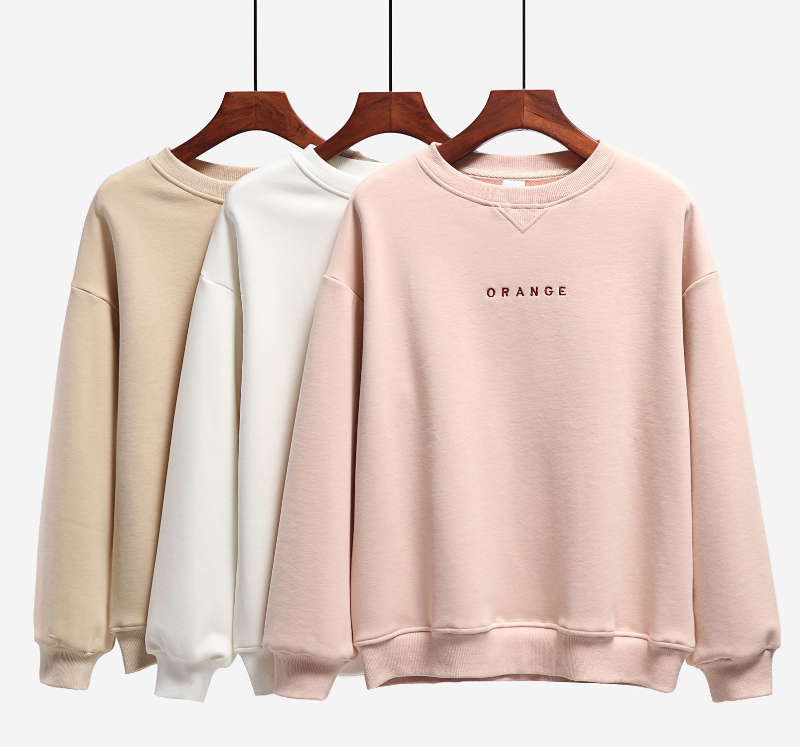 Spring and autumn embroidery loose long sleeve bottoming Shirt Top Hong Kong Style thin round neck pink sweater women fashion ins students