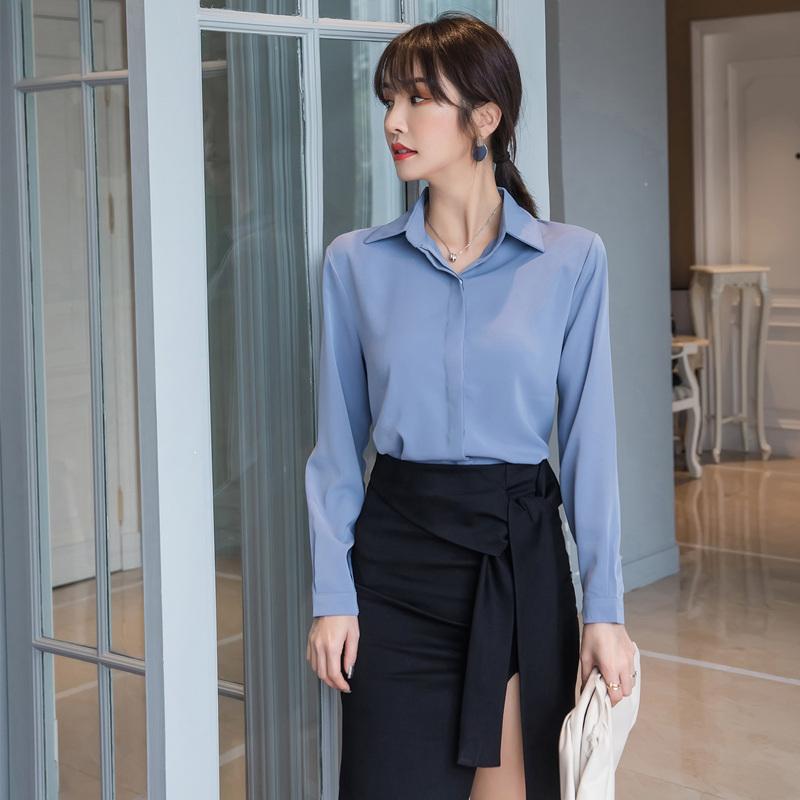 蓝色衬衫女设计感小众2021春装新款雪纺长袖职业时尚洋气白色夏季