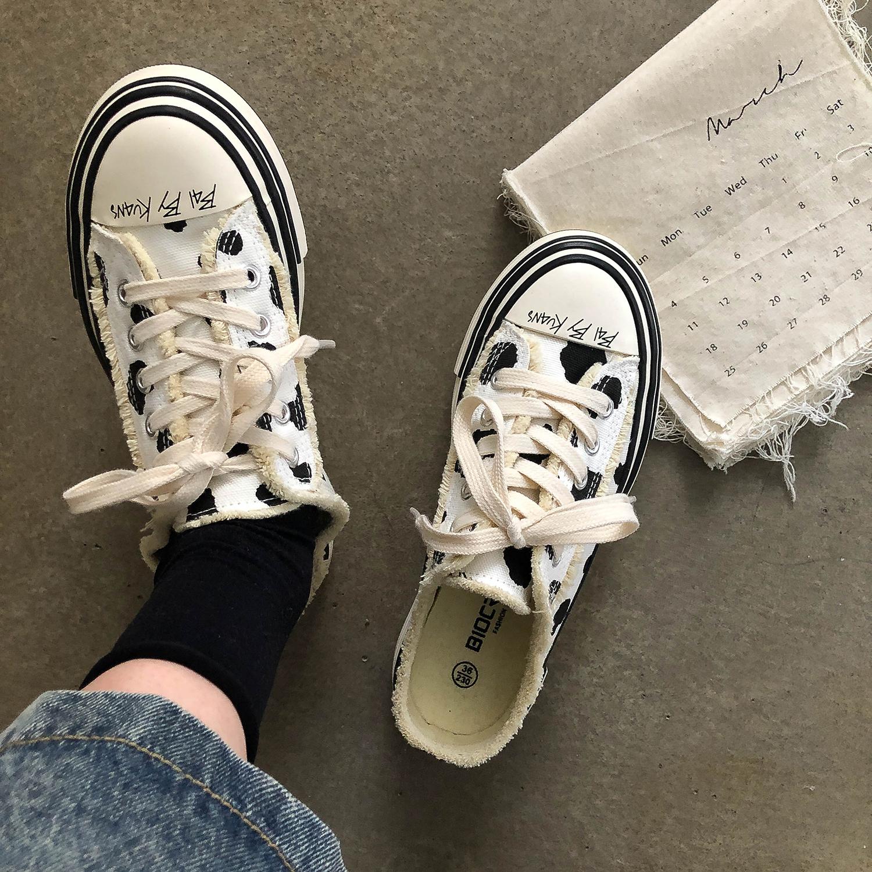 林先参 奶牛半拖帆布鞋女一脚蹬休闲鞋子ins潮2021夏流行女鞋新款