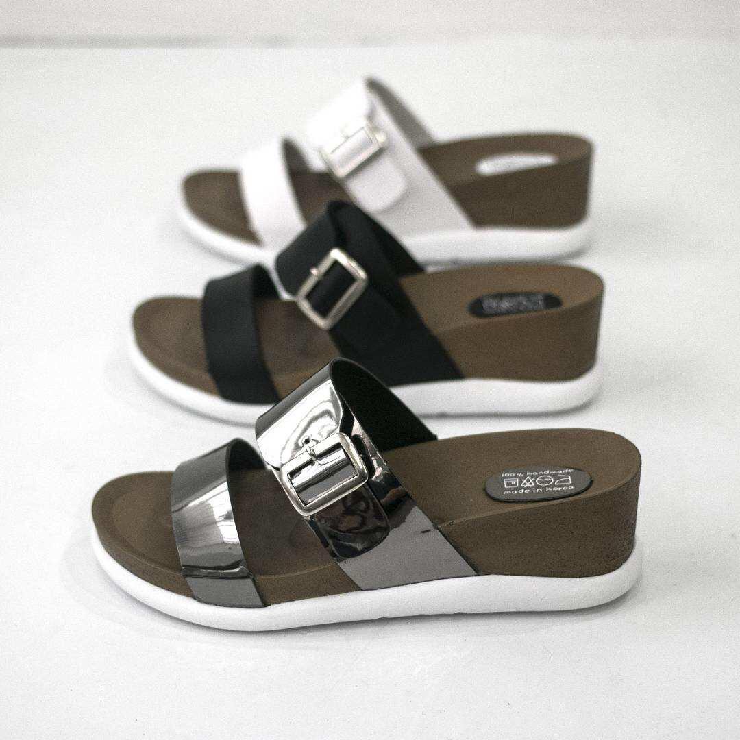 韩国东大门代购19新款凉鞋露趾浅口一脚蹬坡跟休闲沙滩鞋凉拖半拖
