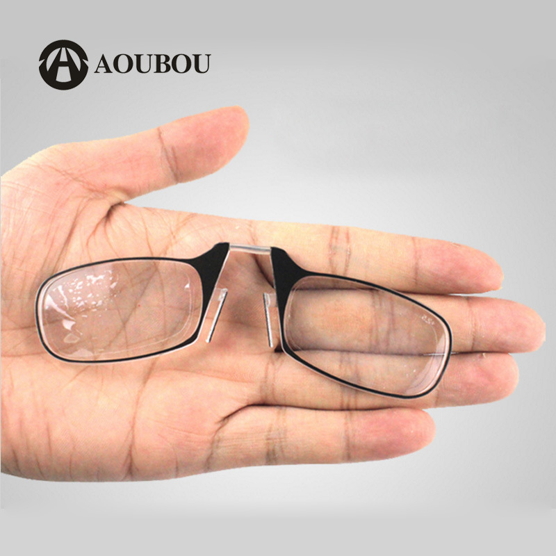 2019 new TR90 nose clamping reading glasses SOS wallet emergency glasses portable with key ring reading glasses for the elderly
