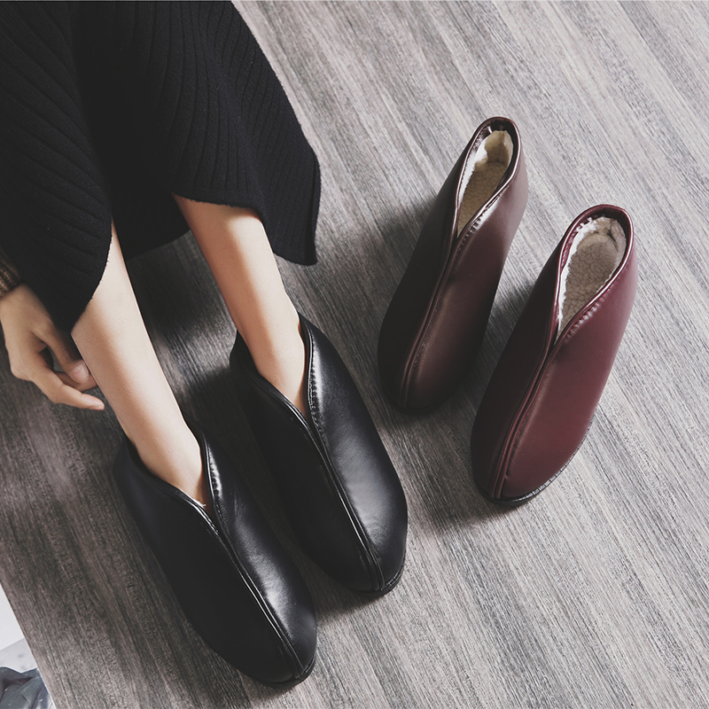 Winter cotton slippers womens and mens bags with lovers at home thick soled old Beijing leather cotton shoes for the elderly anti slip warm leather slippers