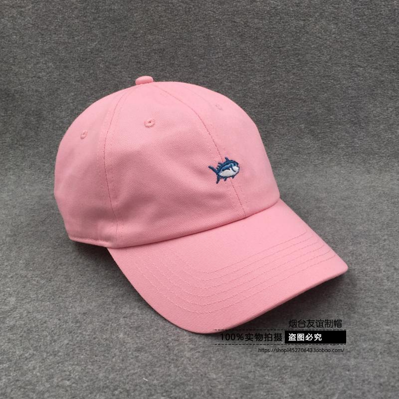 American casual pink white black fish embroidery Korea simple men and women lovers baseball cap cap cap