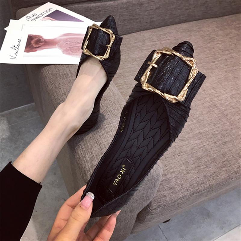 2020夏季新品韩版流行百搭网红女鞋子复古金属扣尖头平底浅口单鞋