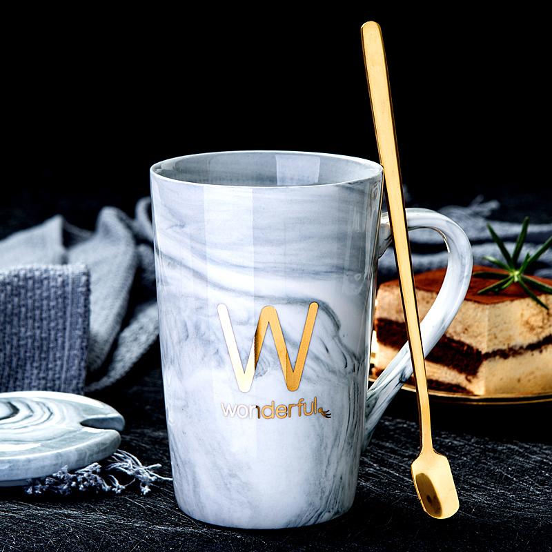 创意陶瓷杯子新骨瓷家用喝水杯带盖勺咖啡杯情侣马克杯办公室茶杯