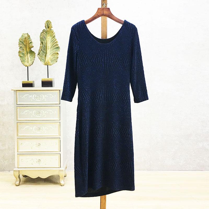 2562时尚团 梦 专柜品牌折扣 ~亮丝 收腰修身显瘦中长款连衣裙 女