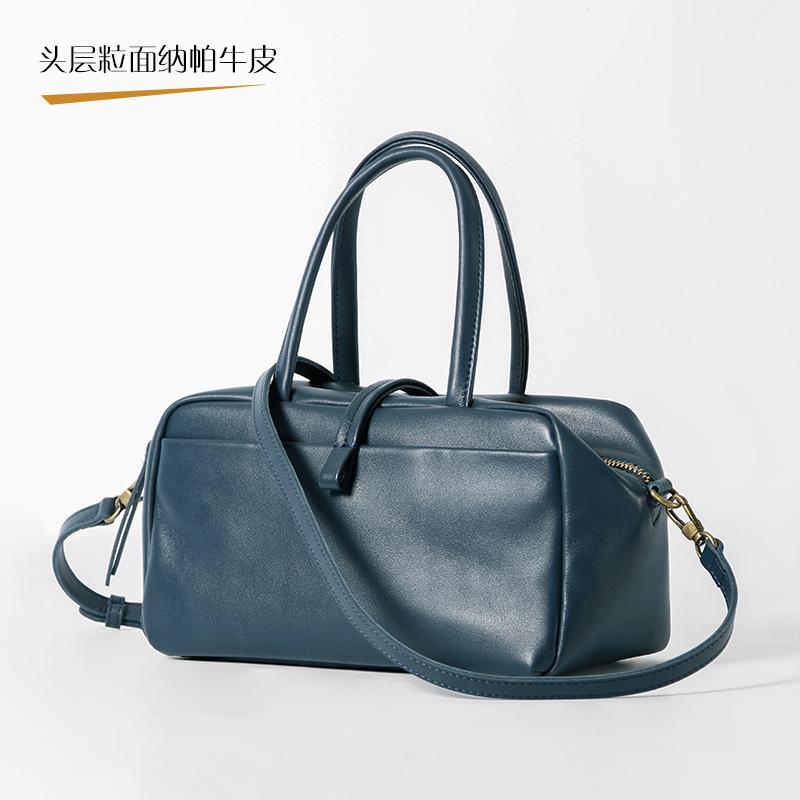 Hong Kongs high profile cowhide doctor bag womens portable art RETRO wing bag ol commuter light travel one shoulder bag