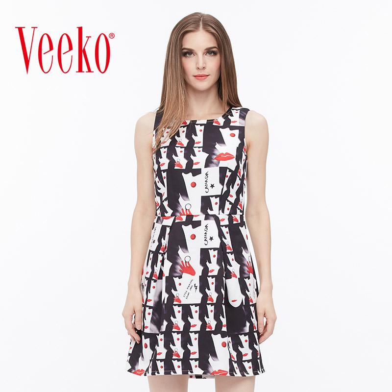 veeko秋装新款时尚个性图案连衣裙