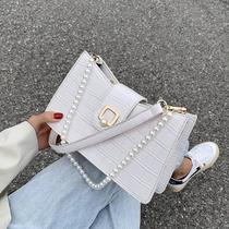 珍珠女士小包包2020夏季新款潮法式百搭ins单肩包网红时尚腋下包