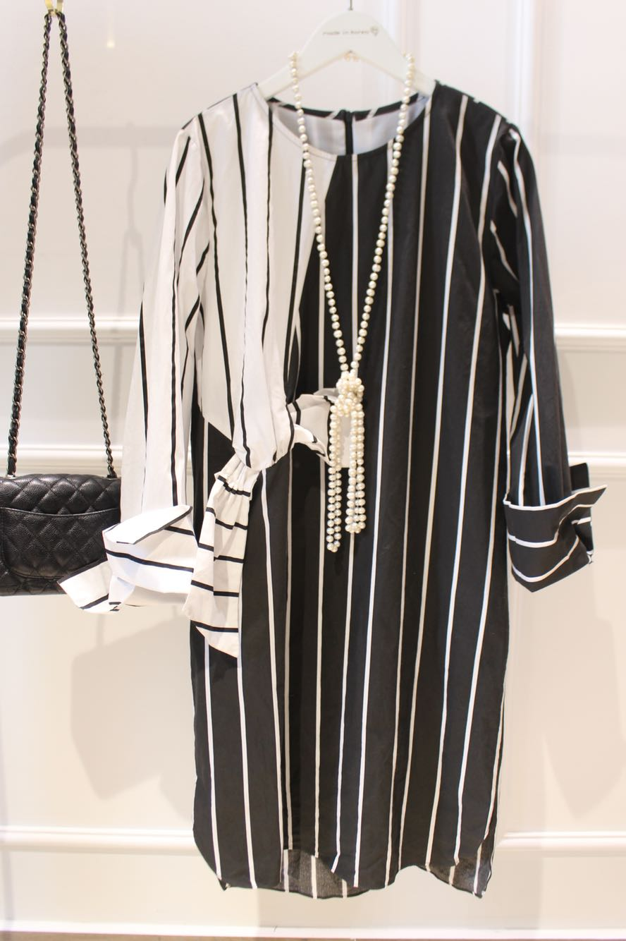 Imported from Korea 0 not 1 East Gate cotton black and white vertical stripe bow shirt dress 0323