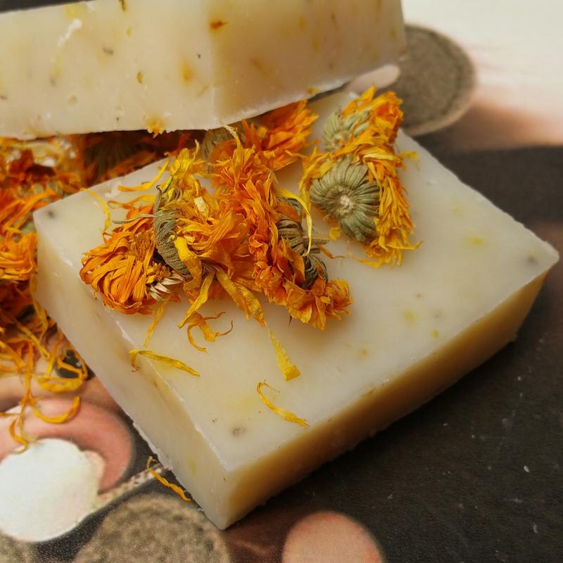 金盏菊花手工皂天然冷制皂除螨舒缓修复抗痘抗敏杀菌孕妇全身香皂