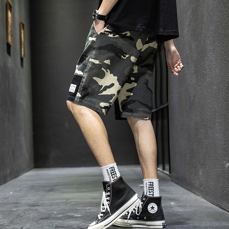 Camouflage 5-point cotton shorts mens wear trend summer casual pants loose pants 5-point half pants wear trend