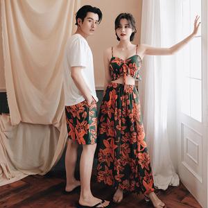 情侣泳衣女比基尼分体裙式三件套,100元左右度假情侣礼物