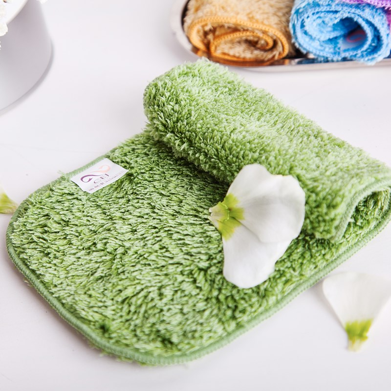 Taiwan small towel dwelling household products cant absorb water and lose hair small square towel baby saliva face towel small handkerchief glasses cloth