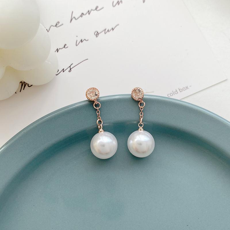 S925银针德鲁纳酒店张满月iu同款耳钉简约气质水钻珍珠吊坠耳环