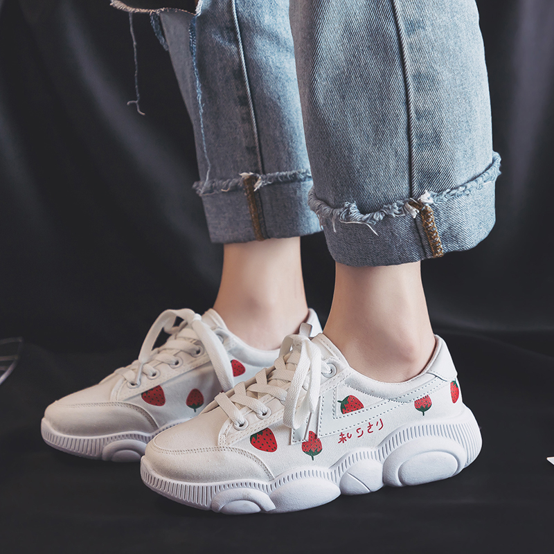 Strawberry sports shoes womens spring 2020 ins students versatile dad shoes ulzzang port fashion shoes