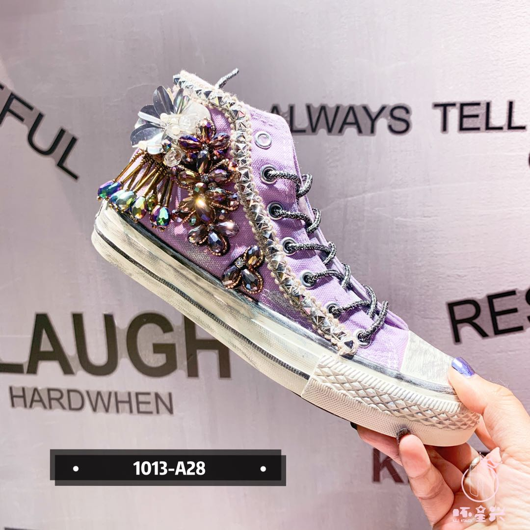 Bad Star original new high top canvas shoes Rhinestone tassel metal nail flat round head womens single shoes sports shoes