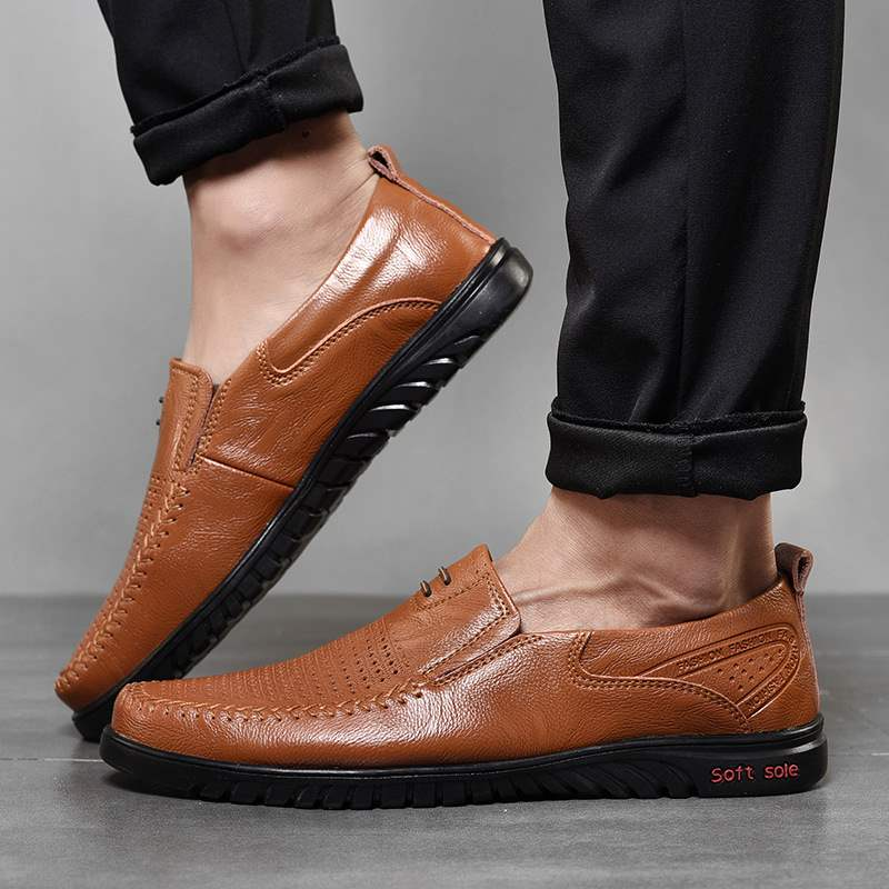 Genuine summer acne mens shoes breathable leather sandals leather holes middle aged dad punching Teaser shoes with mesh beans