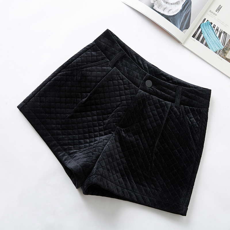 Golden velvet shorts womens winter 2019 new thickened Korean high waist black and cotton plaid pants with wide legs