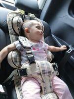 德国简易儿童安全座椅汽车用0-12岁4车载便携式宝宝增高垫坐通用