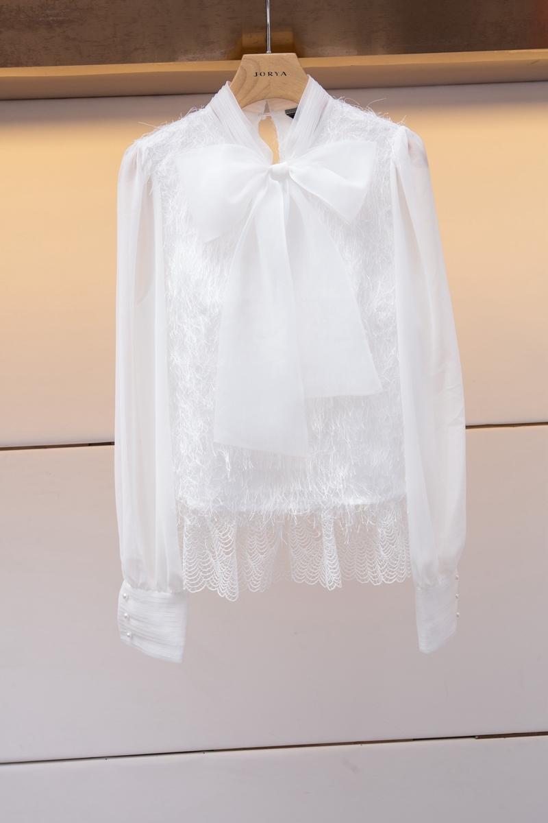 2018秋季新款女装 韩版时尚甜美大蝴蝶结流苏蕾丝衫上衣K7602401