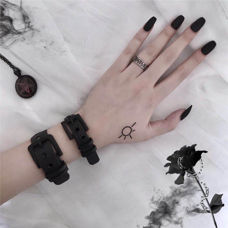 券后19.80元YANS ins原宿暗黑风情侣表带手环PVC个性style朋克装饰手链