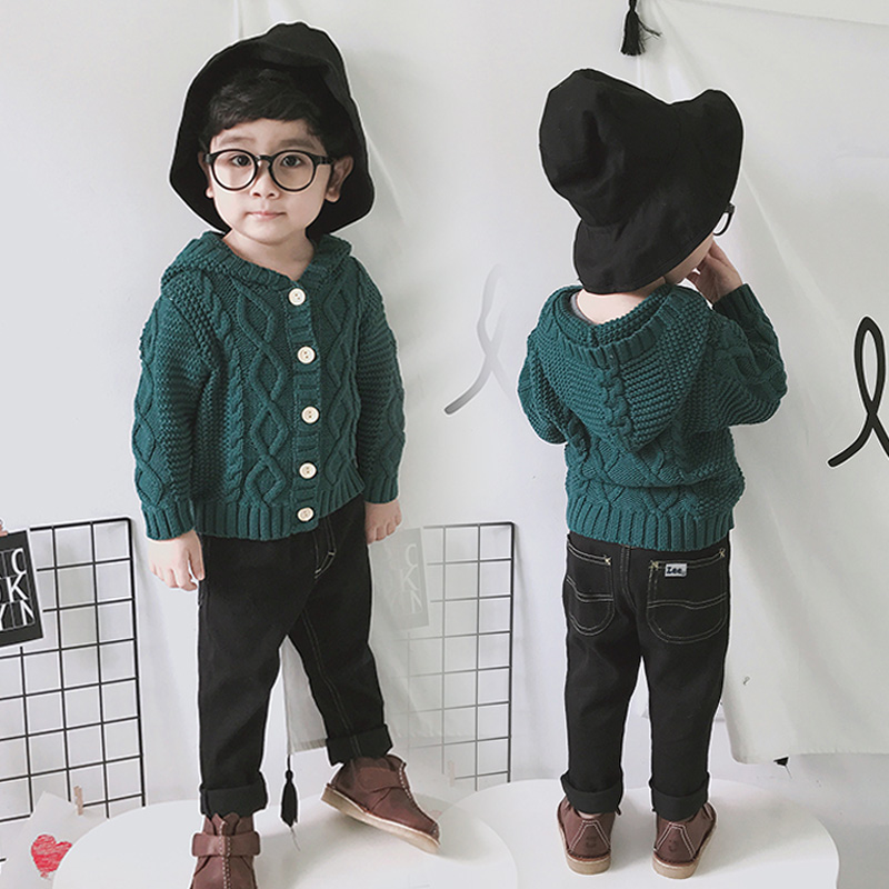 Korean version childrens cotton knitted cardigan thick line sweater baby boys thickened wool Hooded Coat Button thread coat