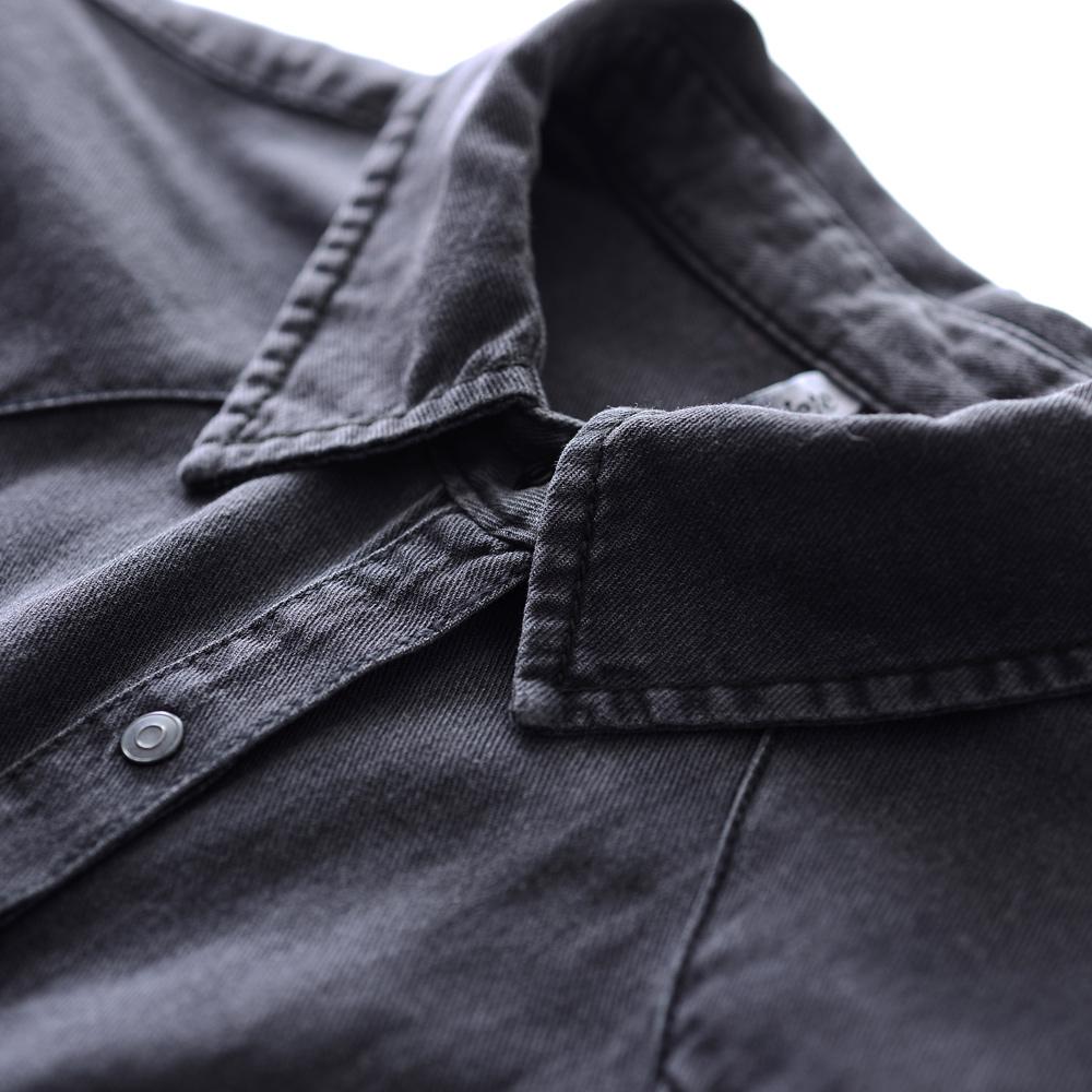 タバコの灰色の柔らかい綿のデニムのシャツの女性2019新型の長袖の緩い黒色