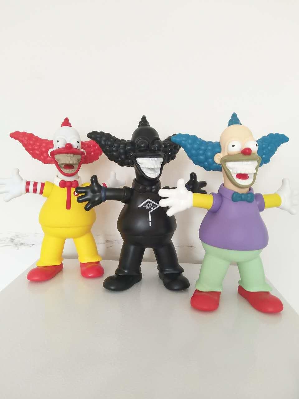 MADNESS 四方联名全球限量模型玩具 余文乐 玩偶