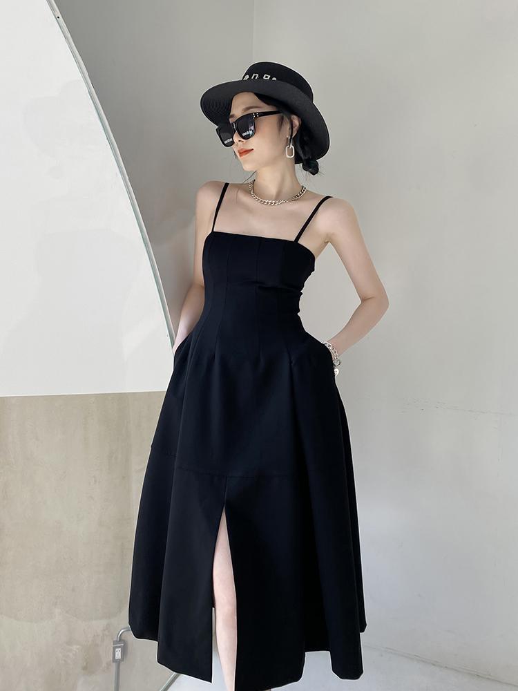 黑色法式吊带连衣裙女夏设计感小众小黑裙高腰显瘦内搭气质小裙子