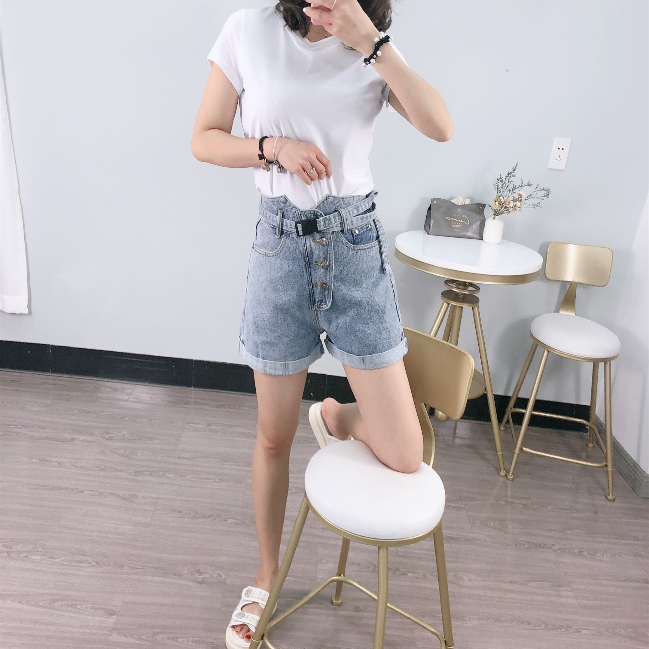 Summer 2020 new blue cotton flanging denim shorts womens high waist loose multi button casual comfortable straight pants